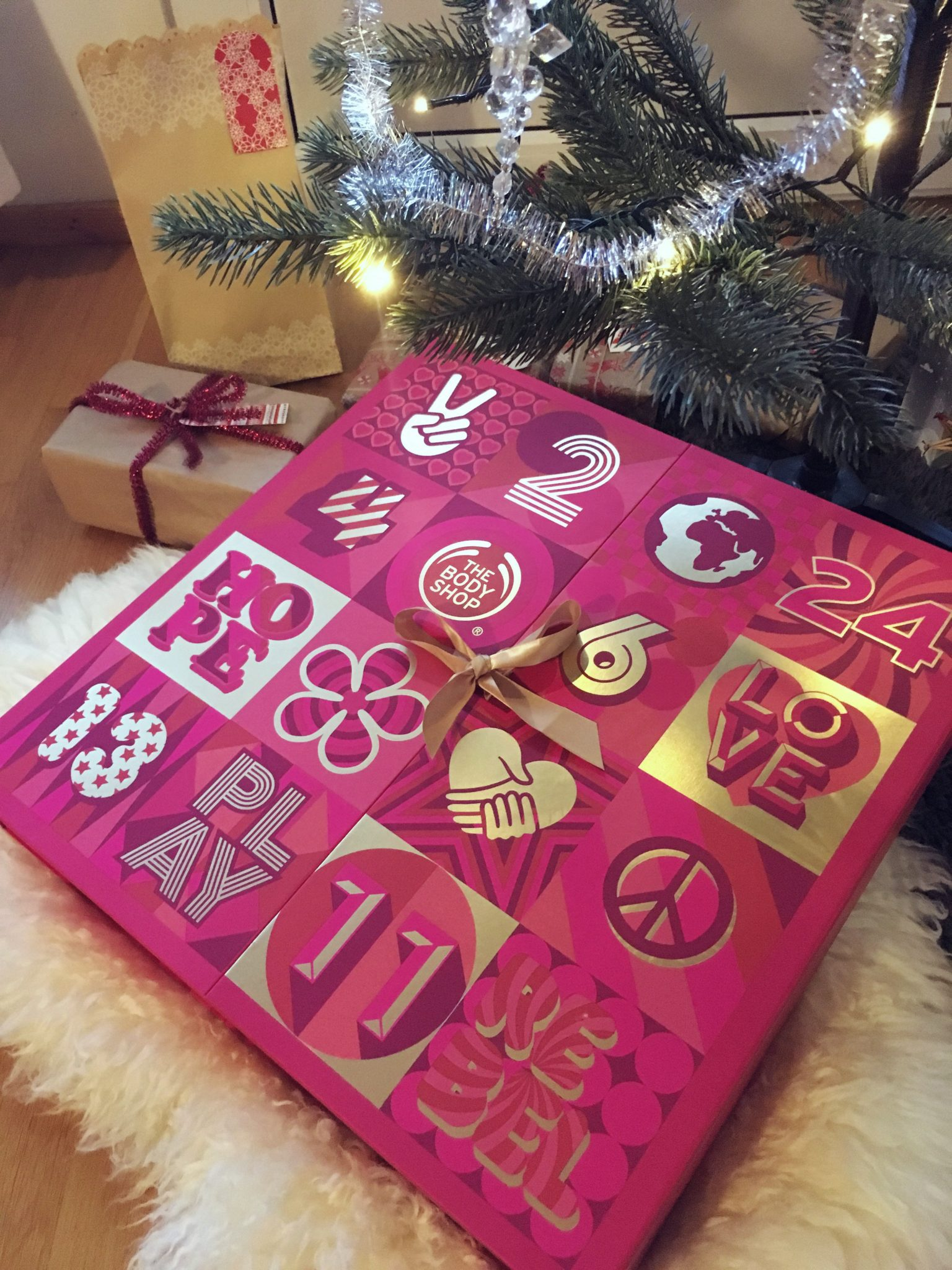 Joulukalenteri Naiselle
